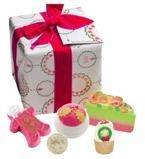 Bomb Cosmetics Holly Soaks Gift Pack - Zestaw upominkowy
