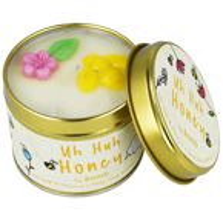 Bomb Cosmetics Świeca zapachowa Uh Huh Honey