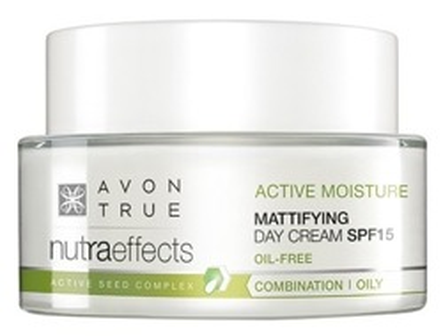 AVON True Nutra Effects Nawilżająco-wygładzający krem na dzień SPF15 50ml