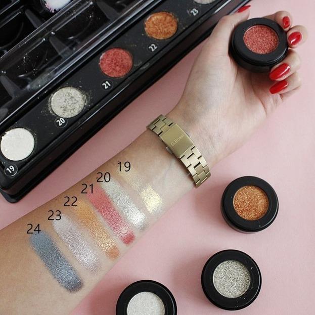 Constance Carroll Turbo pigment Eyeshadow Pigment do powiek 20
