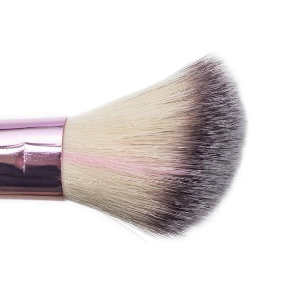 Donegal Love Pink Pędzel do różu 4079